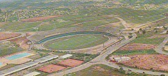 Foto antiga do Estádio do Morumbi ainda sem as obras finalizadas