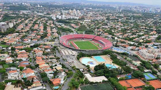Vista Aérea Estádio do Morumbi e bairro ao redor