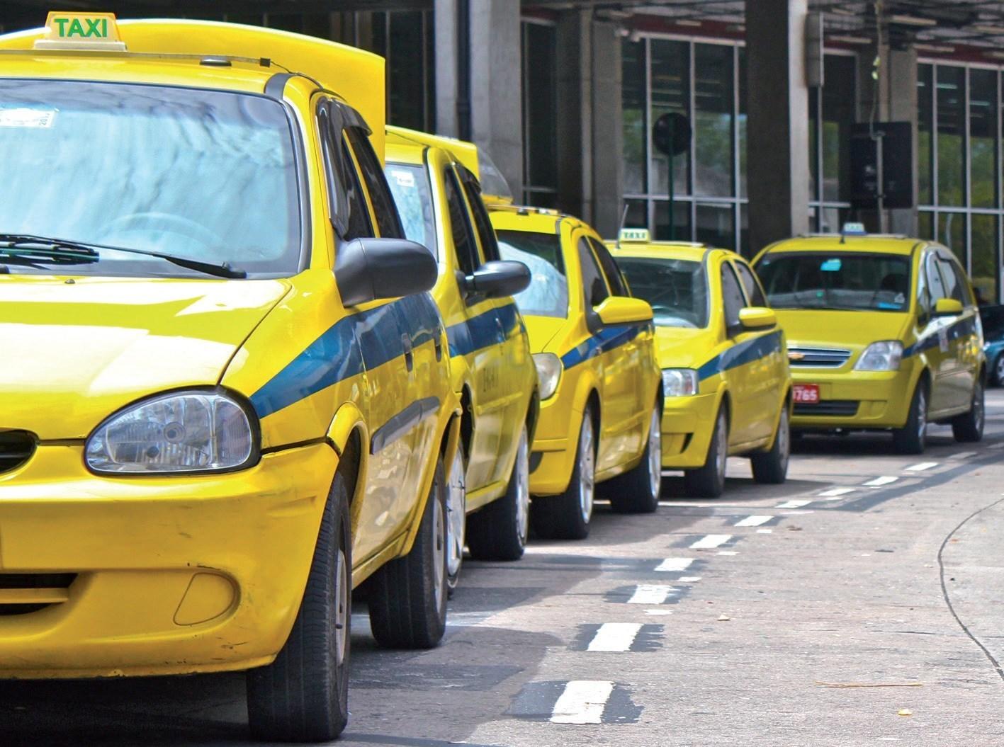taxi-no-morumbi-carros